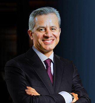 Dr. Alberto Bolanos